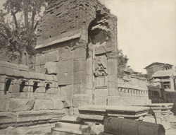 Gateway of enclosure, (once a Hindu temple) of Zein-ul-ab-ud-din's Tomb, in Srinagar. Probable date A.D. 400 to 500 (?)